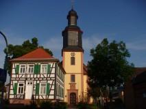 Dudenhofen ev.Kirche und Rektor Geissler-Haus